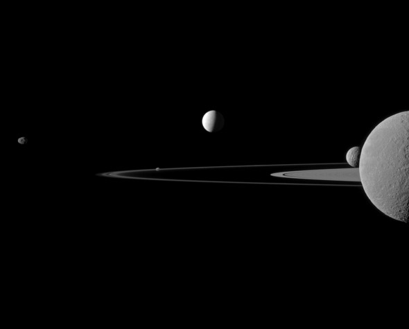 cassini_5moons.jpg.CROP.promovar-mediumlarge