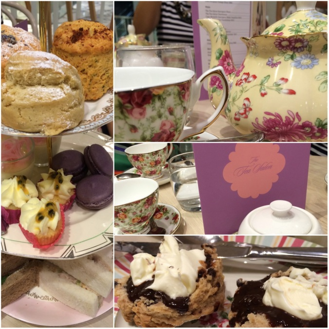 I went to the Tea Salon with friends for high tea.